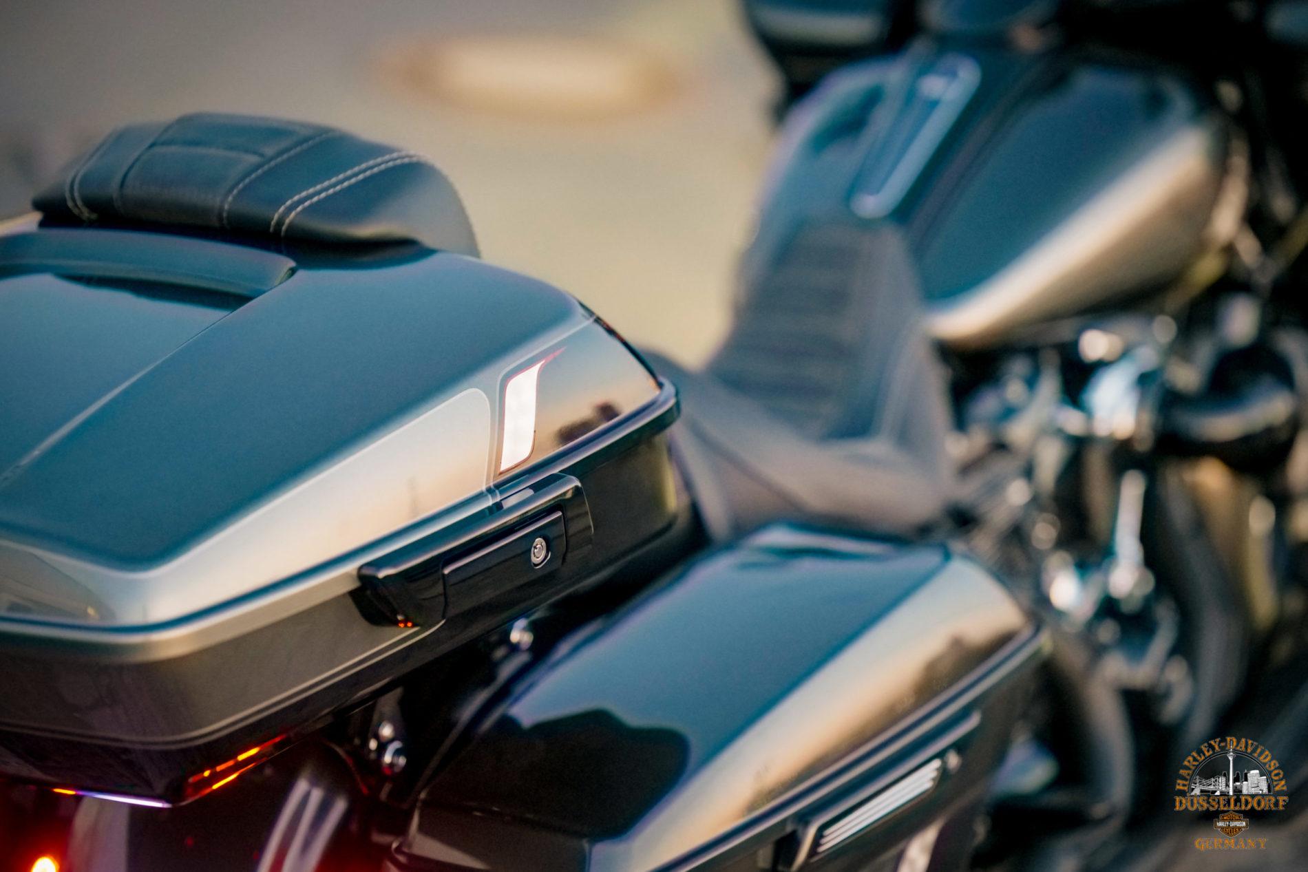 Road Glide Special 'Fat Tire' - Custombike - Umbau - Harley-Davidson Düsseldorf x Kodlin