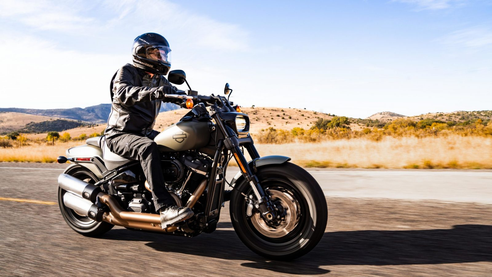 201461_my21_fxfbs_riding_0196_sgt